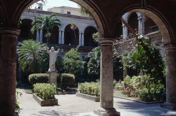Cuba la havane la plus belle ville du monde for Petit jardin interieur