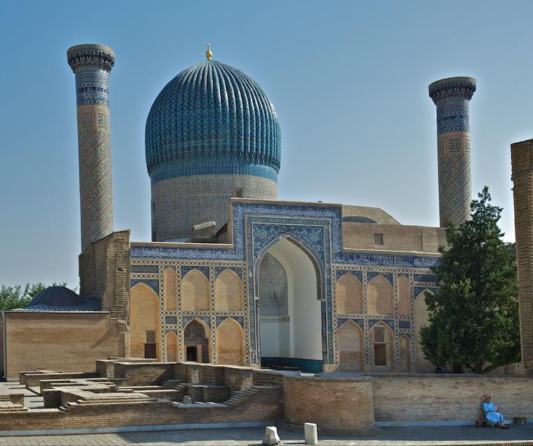 Samarcande (Samarkand), une des cités mythiques de la Route de la Soie,  capitale du monde de Tamerlan